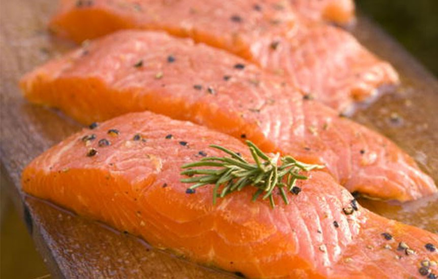 Salmon<br>A serving of salmon amps up the body's natural levels of the sleep-inducing hormone melatonin, which is released when the brain senses darkness. The fish is a good source of vitamin B6, crucial to melatonin production.