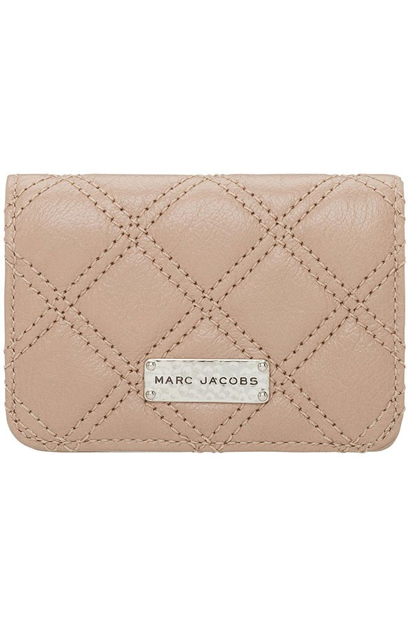 <strong>Fish = coin purse or cardholder</strong><br> A single serve of fish should weigh about 85 grams, but rather than get technical at the dinner table, think of it as the same size as this Marc Jacobs quilted leather cardholder.<br> <em>Leather cardholder, $309, Marc Jacobs, davidjones.com.au</em>