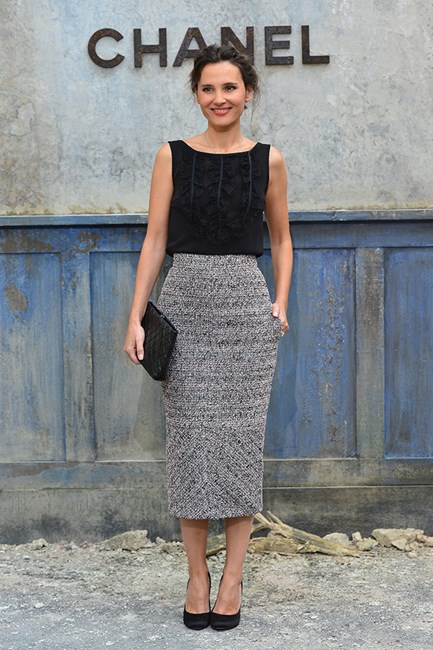 Virginie Ledoyen The midi pencil skirt can be a beautiful thing when worn with heels will keep it long and lean.
