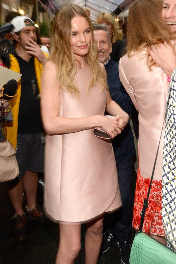 Kate Bosworth – aka the Queen of the Shift Dress – was a blushing beauty in Stella McCartney.