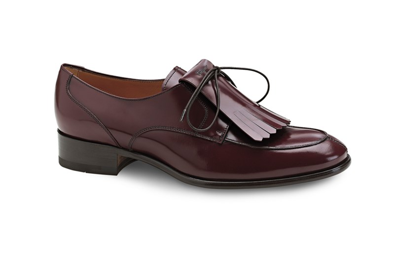 Brogues, $690, Salvatore Ferragamo, 1300 095 224