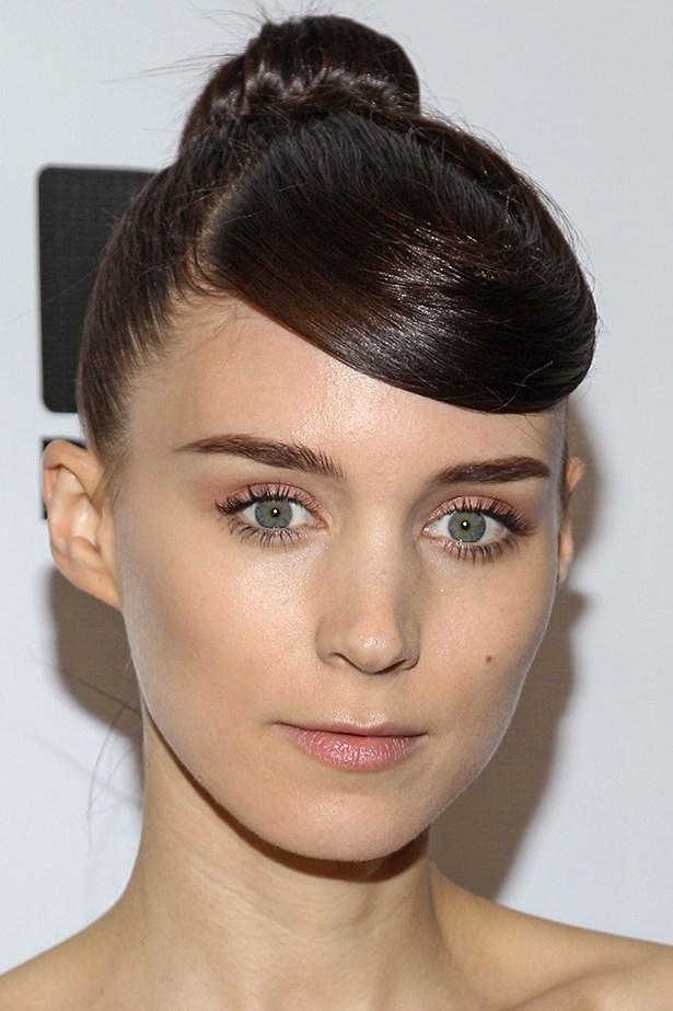 Mara debuted a side-swept fringe at the Los Angeles premiere in June of her film <em>Ain't Them Bodies Saints</em>.