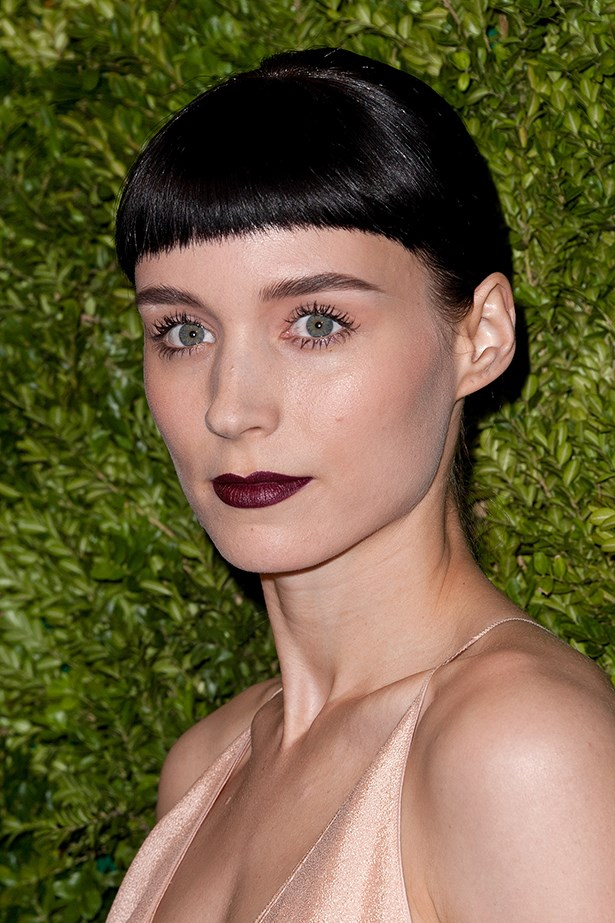 Attending the 8th Annual CFDA [Council of Fashion Designers of America] Awards in New York in 2011, the American beauty paired a matte wine lip with luminous foundation.