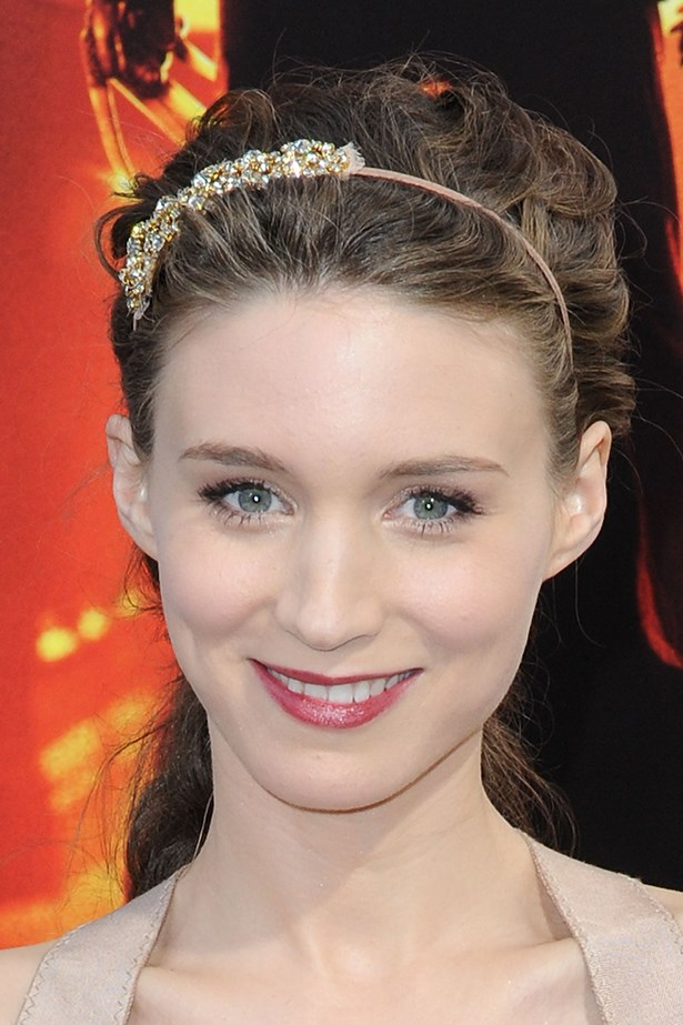 Long before she was tough-girl Lisbeth Salander, Mara played up her delicate features with fair hair and shimmering shadow at the premiere of <em>Nightmare on Elm Street</em> in 2010.