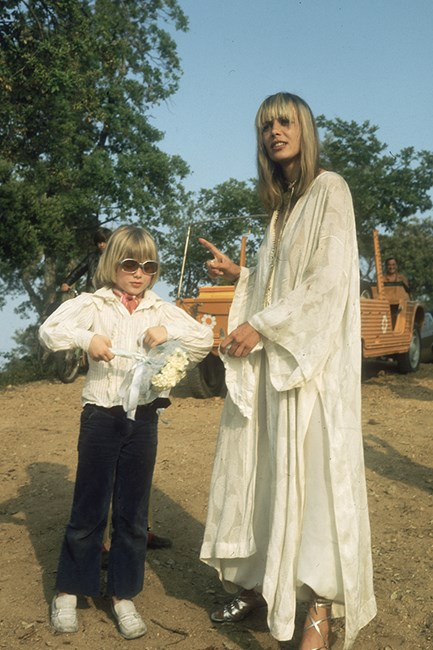 Anita Pallenberg in swathes of white lace – perfection.