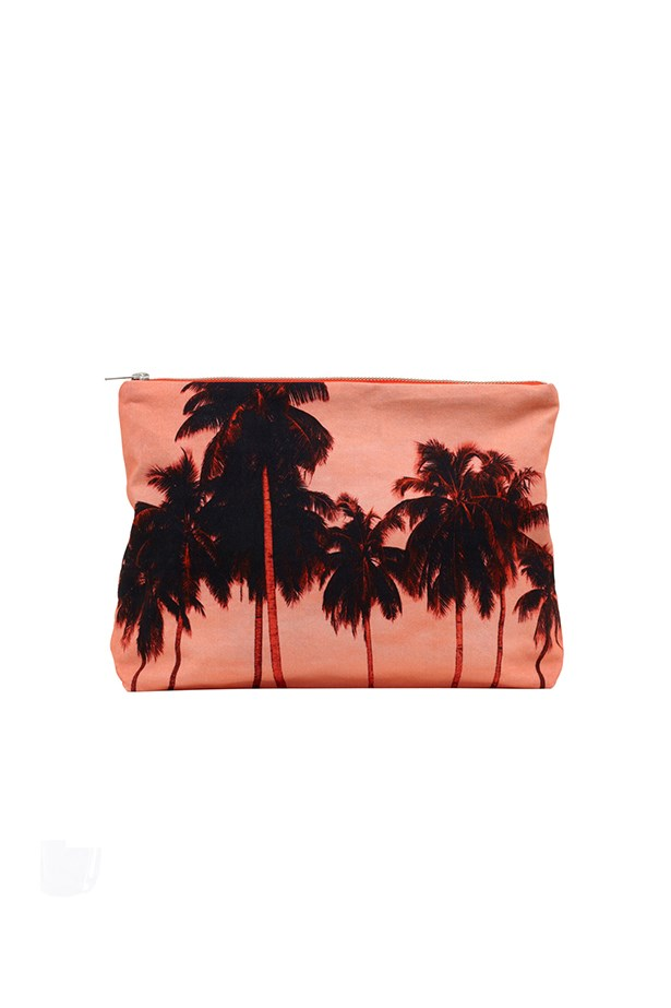 "Tropical purse, $89, Dezo, Tuchuzy, <a href=""http://www.tuchuzy.com"">tuchuzy.com</a>"