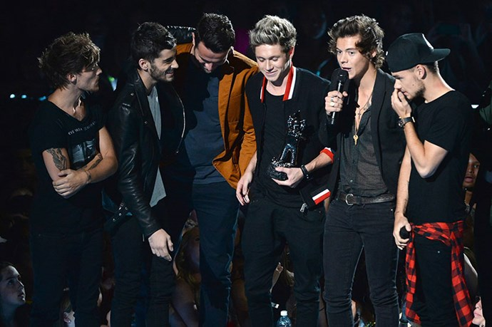 "<strong>One Direction copped heat </strong> <p>When the five-piece picked up the ""Song Of The Summer"" accolade, it was hard to hear their acceptance speech over the crowd's booing. Could it be the spell of their combined hotness is finally wearing off or was it just the high percentage of Taylor Swift fans in the audience? Either way, it's a safe bet their egos took a healthy hit.</p>"