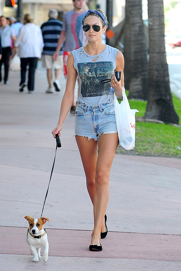 It'd be a crime to keep those pins under wraps – thankfully Candice Swanepoel pairs her tee with a pair of vintage-style denim cut-offs.