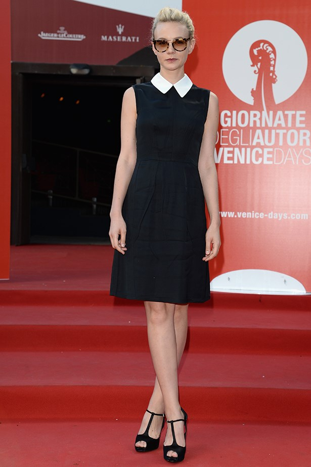 Carey Mulligan looked classy in a Miu Miu collared dress cleverly paired with tortoiseshell Prada sunglasses.