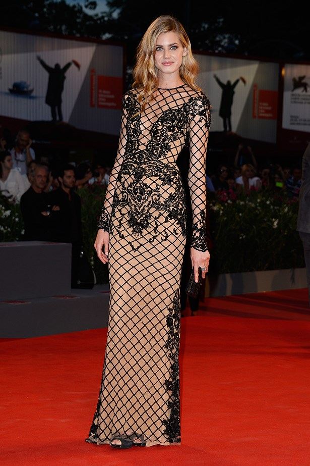 Vanessa Hessler wore a nude and black embellished Zuhair Murad Resort 14 dress.