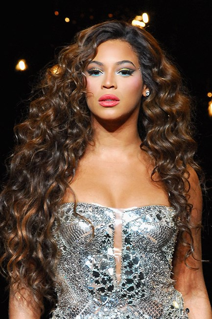 Beyonce on tour in 2007