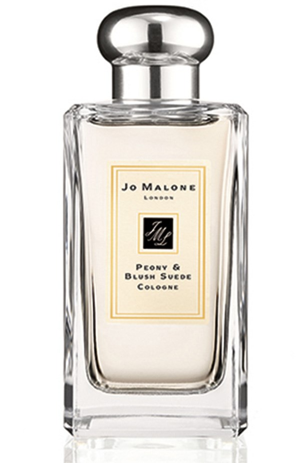 <strong>LIKE FRESH-CUT FRUIT:</strong> <em>Peony & Blush Suede Cologne, from $90 (30mL), Jo Malone London, jomalone.com.au</em> You know that satisfaction you get from crunching in to a perfectly-ripe apple? That's what this is. Once it's dry, you'll get a lovely combo of fresh flowers and a hint of leather.
