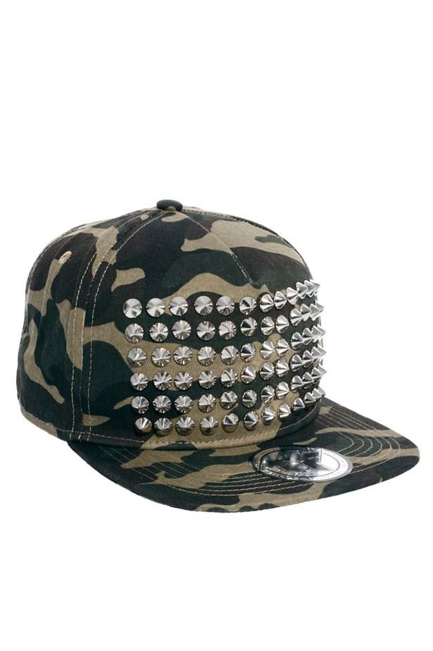 """Hat, Approx $50.74, Zephyr, <a href=""""http://asos.com/au"""">asos.com/au</a>"""