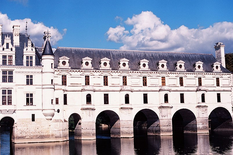 A profile look at Chenonceau's architecture