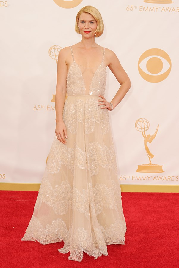 <p><strong>TREND: PALE AND INTERESTING</strong></p> <p>Claire Danes wore an elegant Armani Privé dress featuring a plunging neckline. The actress teamed a pop-bright red lip with the floor-sweeping pastel number.</p>