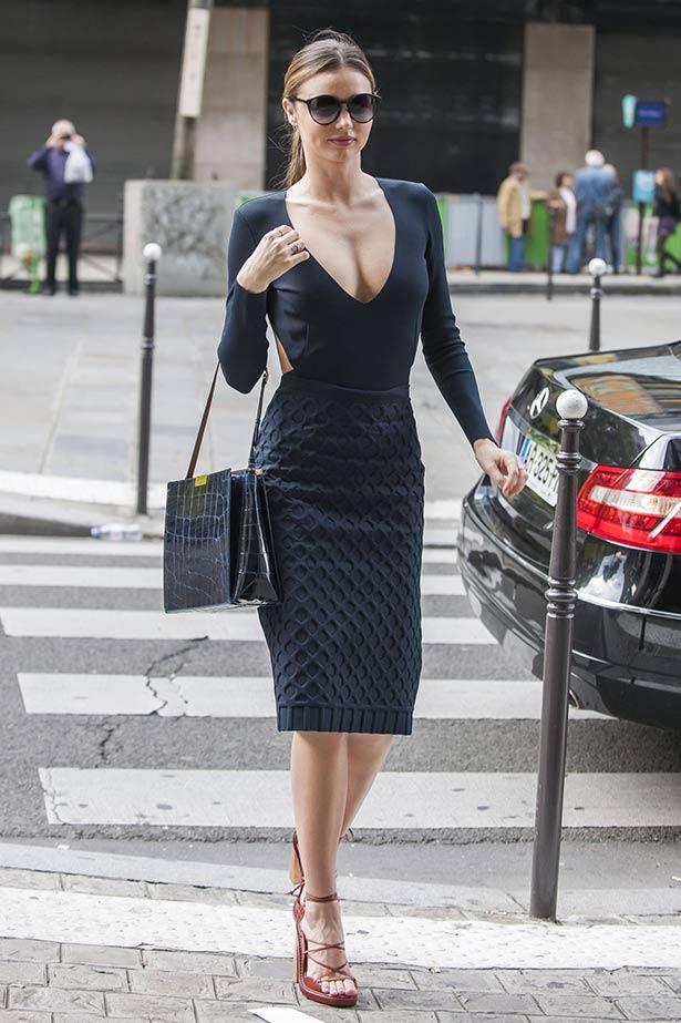 Inside Miranda Kerr 39 S Paris Fashion Week Wardrobe Elle