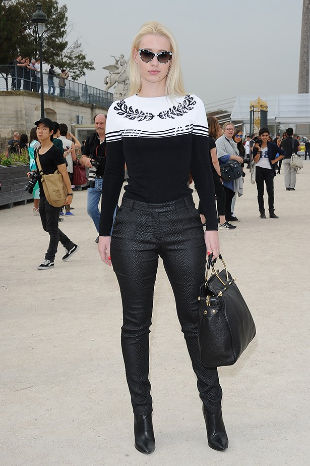 This is one girl who knows how to turn a ladylike trend cool. Iggy Azalea rocked a leaf-heart neckline when she attended the Victor & Rolf SS14 show in Paris.