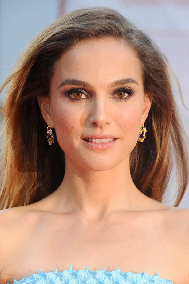 Natalie Portman's perfectly-neat pair are flattering without taking too much attention away from everything else.