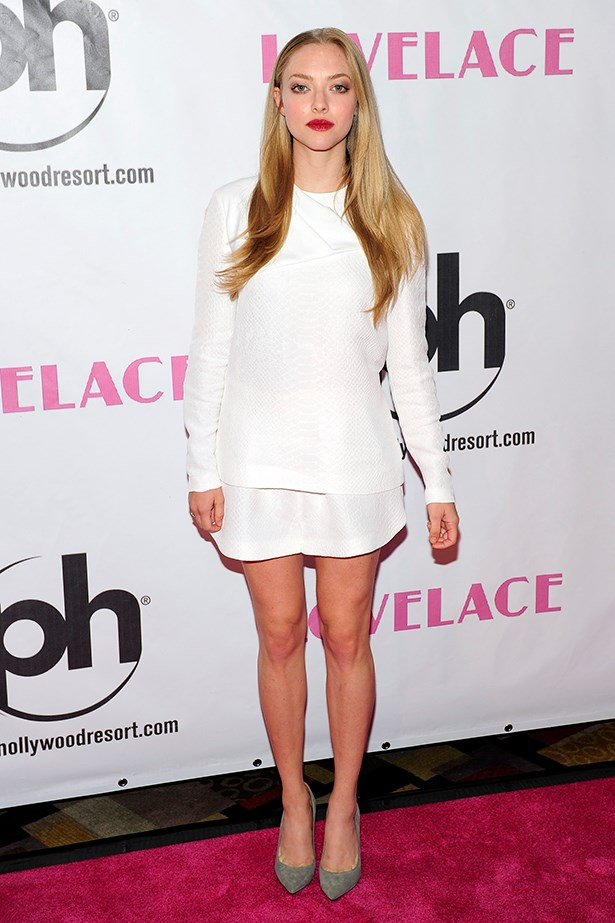 Amanda Seyfried looks effortlessly cool in this Stella McCartney outfit.