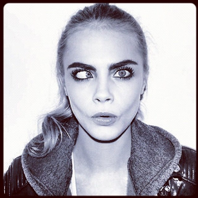 Cara channels 90's minimalism and lets her wild eyes shine bright. Image: instagram @caradelevingne