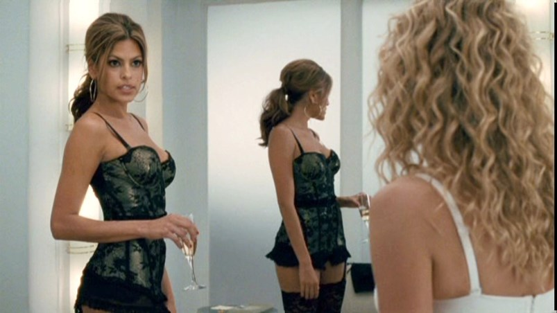 Eva Mendes' bodice in <em>The Women