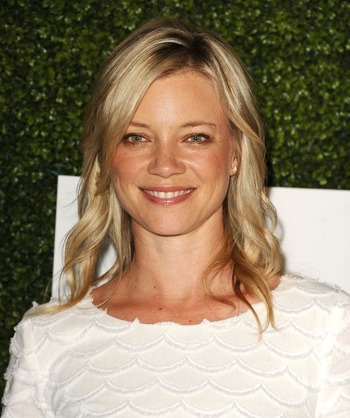 Amy Smart shows how a faux glow (note: no sunburn here) and freckles make for the perfect summer combo.