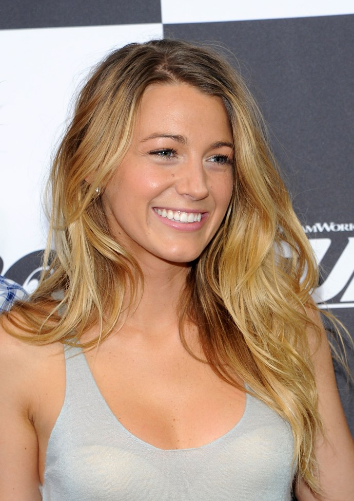 The ultimate beach babe, Blake Lively makes us want to wash all traces of concealer off with salt water and go <em>au naturel</em>.