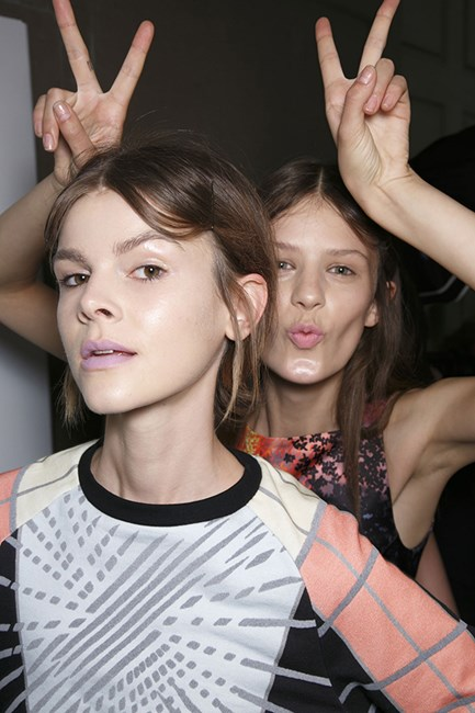 Australian model Ruby-Jean Wilson gets photo-bombed backstage at Peter Pilotto.