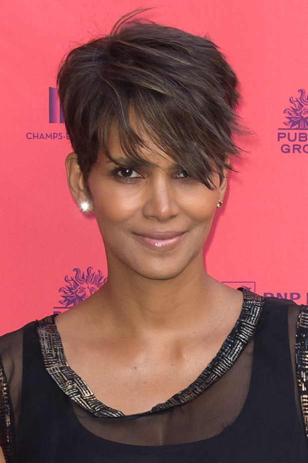 The original short-haired maverick Halle Berry does short-on-the-side, party-on-top which results in a rock n' roll crop.