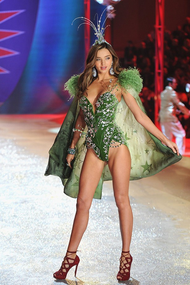 Christmas tree? Festive fairy? Whatever she is, Kerr looked amazing on the 2012 Victoria's Secret catwalk