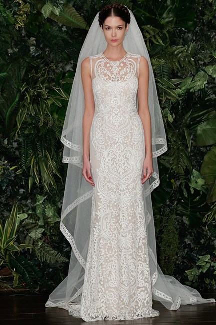 <strong>Naeem Kahn Bridal 14</strong><br><br> History's great ladies have opted for lace gowns (think Grace Kelly and Kate Middleton) and this subtle, beautifully constructed Naeem Kahn gown is breathtaking.