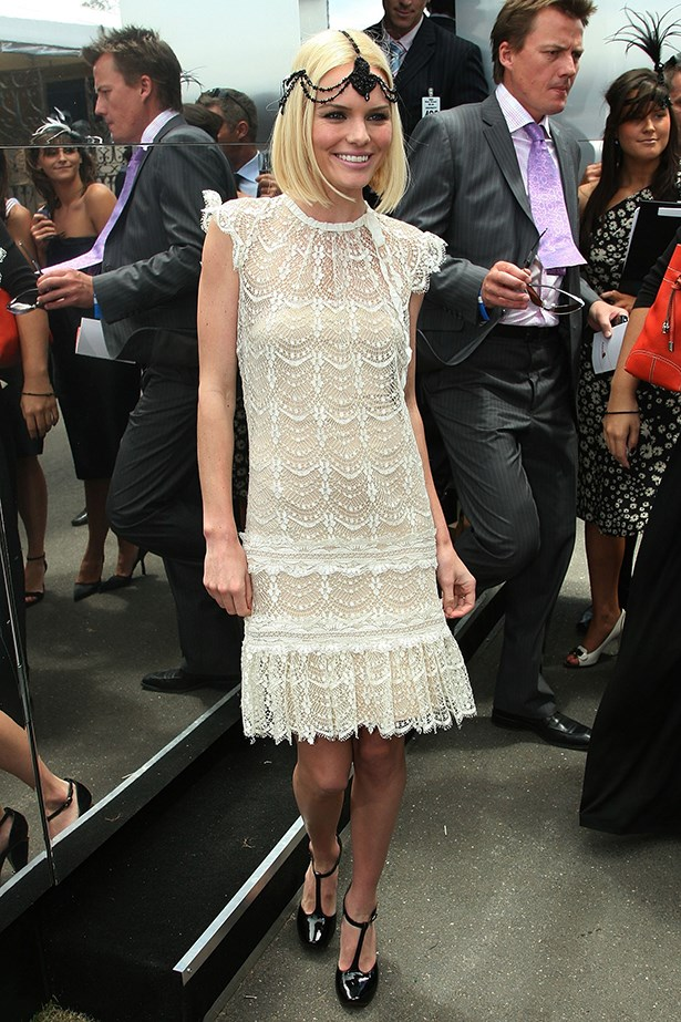 """<p><strong>Bec Cooper</strong>: """"Either keep the focus on the headwear or dress, not both.""""</p> <p>Actress Kate Bosworth attends the AAMI Victoria Derby Day, part of the four-day Melbourne Cup Carnival, at Flemington Race Course on November 4, 2006 in Melbourne Australia.</p>"""