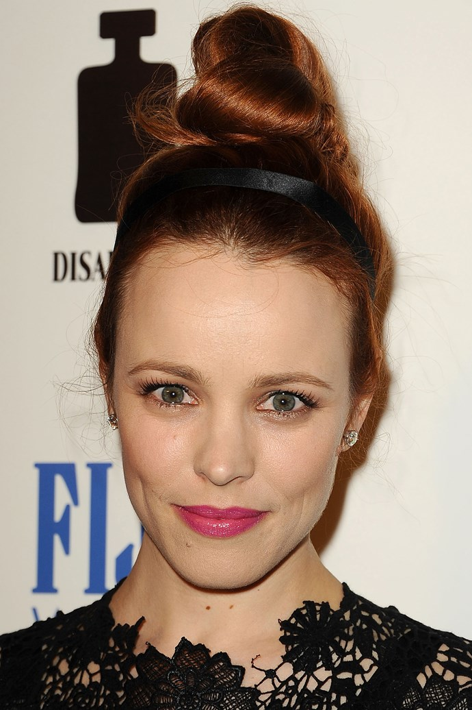 Rachel McAdams wear a glossy pink lip and gold metallic lined eyes at the 'To The Wonder' Los Angeles Premiere.