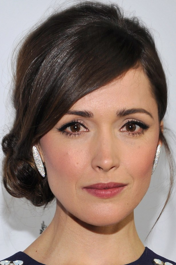 Rose Byrne's perfect low bun is Hollywood glamour at its finest, at the 2013 G'Day USA Black Tie Gala.