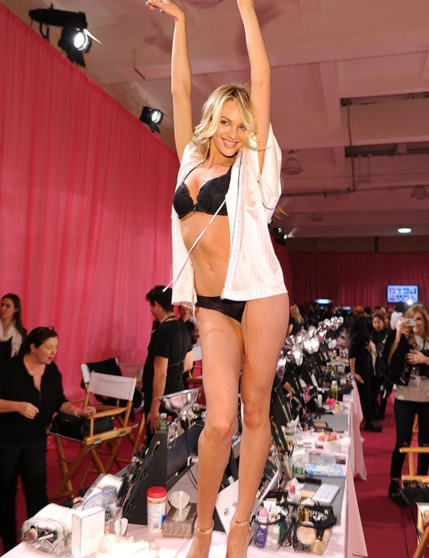 Candice Swanepoel flaunting her toned body before the show