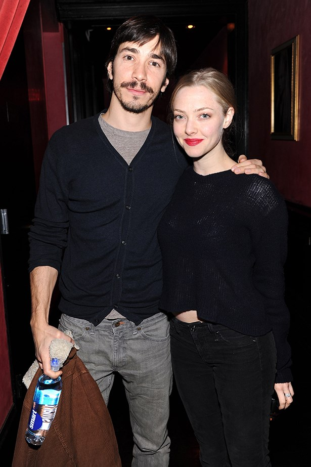<p><strong>Amanda Seyfried and Justin Long</strong></p> <p><i>Les Misérables<i> star Amanda Seyfried has captured the heart of Drew Barrymore's ex, Justin Long. The hip couple have been spotted scooting around New York on Justin's moped.  </p>