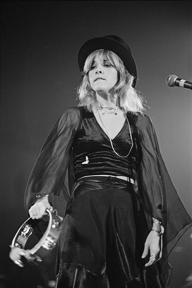 To this day, no one can rock a top hat like Stevie Nicks