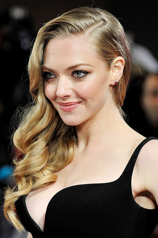 A side parting, and barrel-curls for Seyfried's turn on the red carpet at  the world premiere of Les Miserables in 2012. Two words: sex bomb.