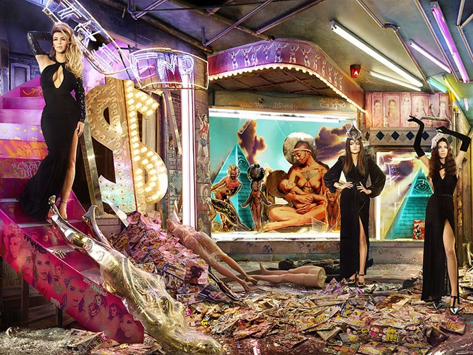 Behold The Krazy Kardashian Khristmas Kard