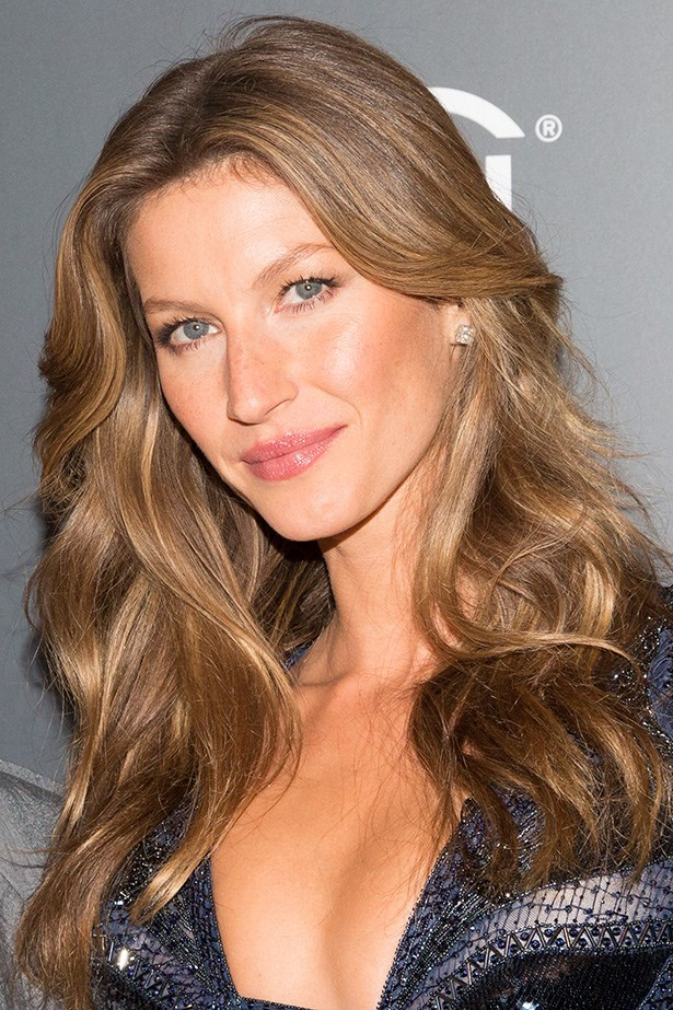 Brazilian Supermodel, Giselle Bundchen credits her flawless skin to Elizabeth Arden's Eight Hour Cream.