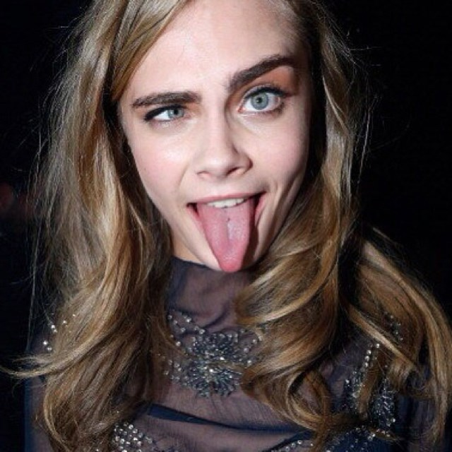 <p><strong>1. She makes silly faces look hot</strong></p> <p>Not only is she the queen of selfies, but Cara is the queen of making ugly faces look sexy. </p> <p>@caradelevingnestyle</p>