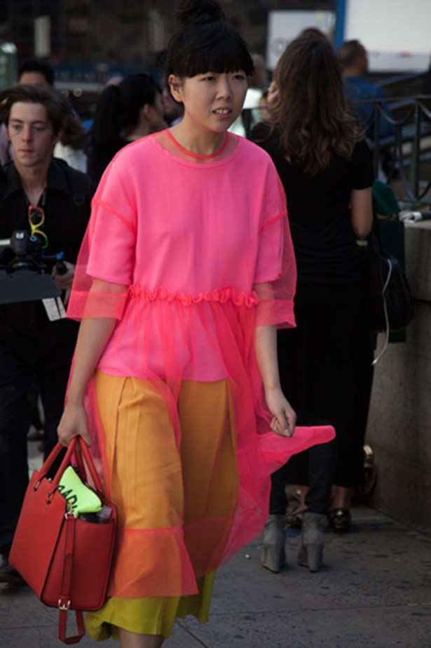 Blogger Susie Bubble in neon pink organza