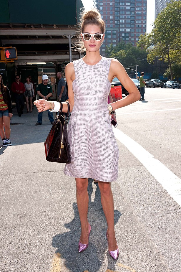 Jessica Hart in a pink dress and Louis Vuitton bag
