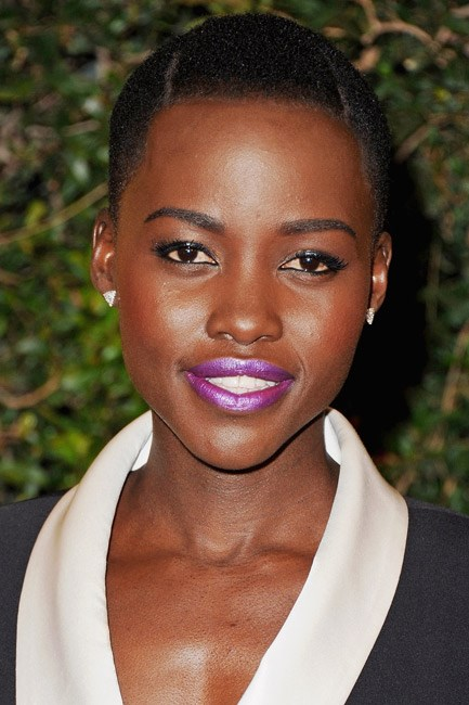 Lupita Nyong'o had a loud mouth – thanks to a metallic Radiant Orchid tone – at an event in Hollywood.