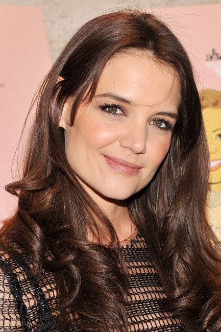 <strong>BEFORE: Katie Holmes<br> Lobbed:</strong> Not the most dramatic of transformations, but a so-now thing to do – Katie Holmes cut her mid-length mane into a modern shoulder-skimming 'do.