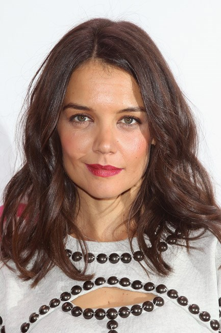 <strong>AFTER: Katie Holmes<br> Lobbed:</strong> Not the most dramatic of transformations, but a so-now thing to do – Katie Holmes cut her mid-length mane into a modern shoulder-skimming 'do.