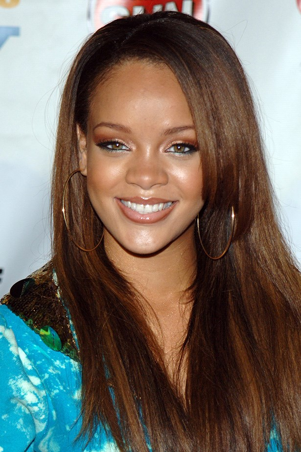 On the threshold of her career in 2005, Rihanna attended an industry party with long chocolate brown hair, and metallic eyeshadow – with a hint of electric blue eye liner along her lower lash line.