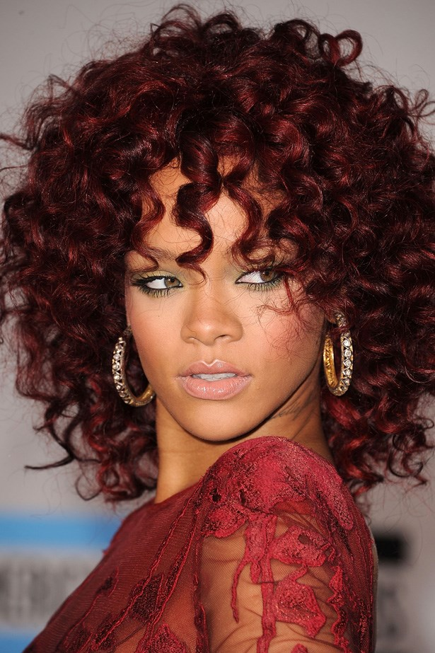 Wearing a red-hued corkscrew-curl weave at the 2010 AMAs, Rihanna went on to win Favourite Soul/R&B Female Artist that night.