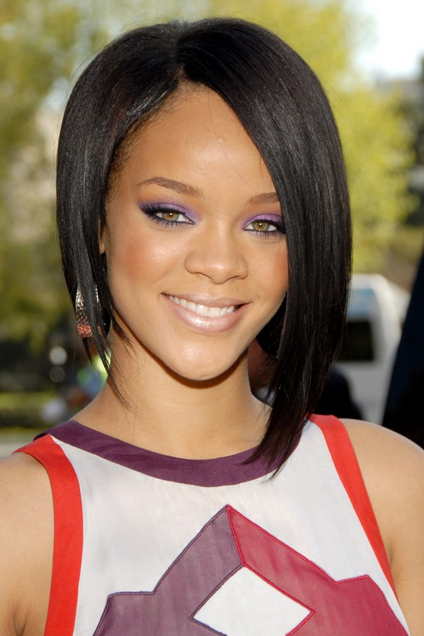 2007 marked the start of Rihanna's transformation to RiRi, lobbing off her locks in favour of an A-symmetrical bob, and electric purple eye shadow.