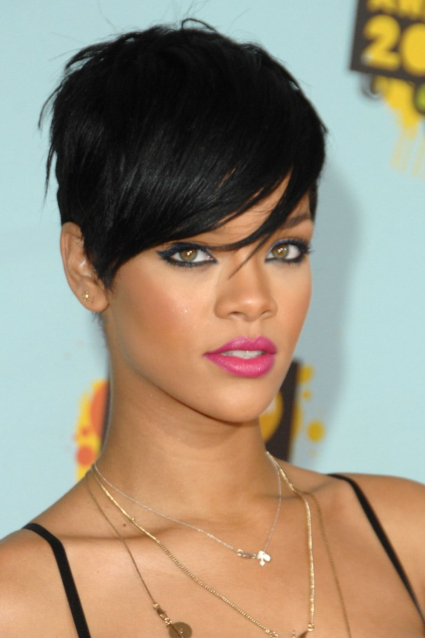 Rihanna attended the 2008 Kids Choice Awards with a jet-black pixie cut and hot pink lipstick.
